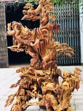 Các tác phẩm điêu khắc nghệ thuật từ gỗ lũa đầy sáng tạo